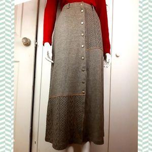 Vintage high waisted midi skirt elegant
